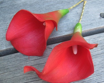 Red Calla Lilies flowers SET OF 2 bobby pins -hair clips - Weddings