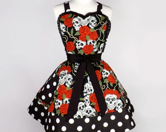 Skulls and Roses Two Tier Apron