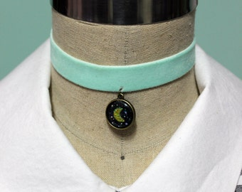 Pastel Goth Holographic 2 In 1 Reversible Velvet Elastic Choker - Mint With Your Choice Of Images
