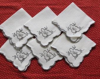 Vintage Linen Leaf Embroidered Luncheon Napkins - Set of 6