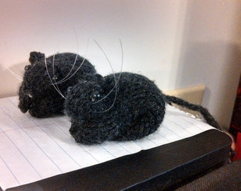 Knitted Black Gerbil  #24a