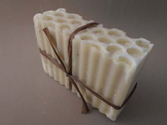 Honey, Fig and Oat Luxury Goat Milk Soap Cold Process Spa Soap 4-5 oz bar Soap Dish Optional