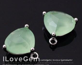 SALE 20% off // 10pcs of NP-993 Rhodium Plated, Trilliant Cut, Lt. Apple Green, Glass pendant