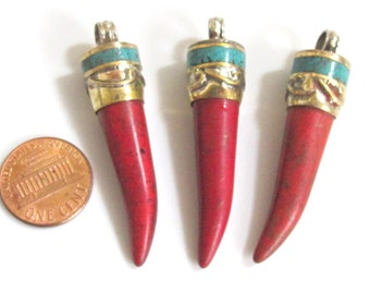 Tibetan red chilli tooth horn shape pendant with turquoise inlay - PM123