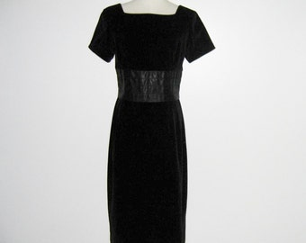 Vintage 1950s Dress / 50 Black Velveteen Dress / 50s Black Dress With Satin Accents By Sue Brett - M