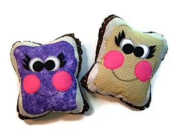 Best Friends Charm Pillows Friendship Gift Two Pieces of Bread With Peanut Butter and Grape Jelly, You Choose Inscription 10 x 10