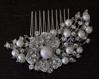 Fresh waters Pearls bridal Comb , Bridal Hair Comb, wedding comb,bridal head piece,Pearly  Bridal Comb,winter wedding, crystal comb ,