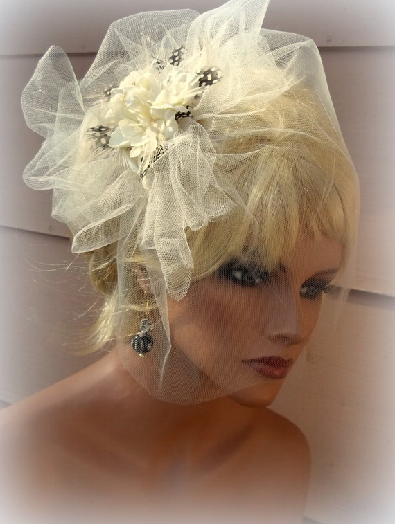 Bridal Veil and Fascinator set in ivory  - Modern Bride - bridal, wedding, headpiece, ship ready, 2 pc set