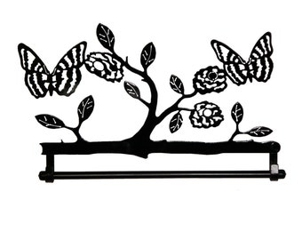 "16"" Butterflies with flowers quilt hanger"