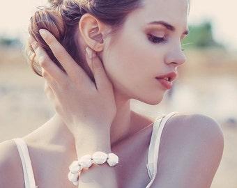 White Fabric bead Bracelet bridesmade bracelet wedding bracelet