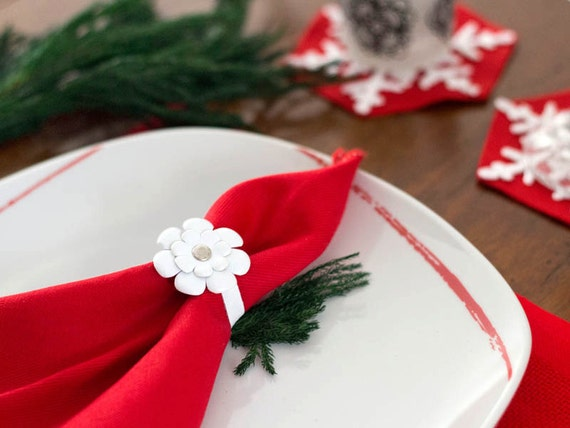 White leather flower napkin rings Wedding Party table decor - set of 6 Christmas napkin rings