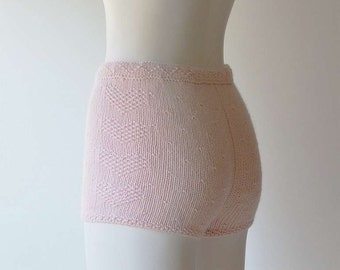 Valentine's day cute cashmere-cotton high waisted shorts in pale pink