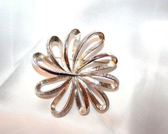 1960s Coro Silver Tone Metal Flower Swirl Vintage Brooch Pin
