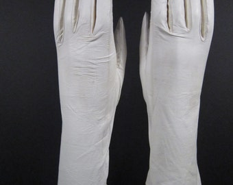 6-Vintage White Kid Leather Dress/Church Gloves- 11 inches long(305g)