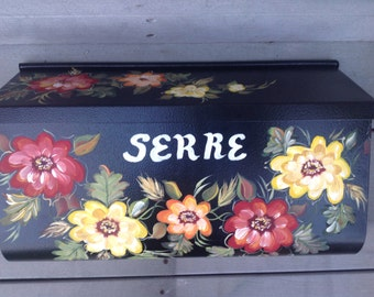 Hand Painted Residential Wall mount mailbox GERBERA DAISIES Gerber Daisies mailbox