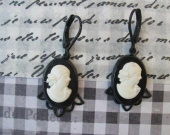Silhouette.vintage cameo lady dangle earrings