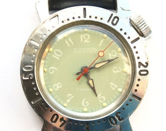Vintage Soviet Russian Army watch Vostok mens wristwatch gender unisex green mint
