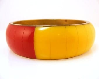 Vintage Chunky Bracelet Multi Colored Lucite Bangle Brass Core Red Yellow Pink