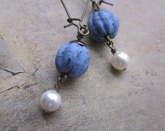 blueberry matte clay and pearl - the ondine earrings