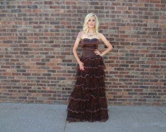 1960s Vintage Brown Lace and Tulle Strapless Gown - Prom, Bridesmaid, Special Occasion, Wedding