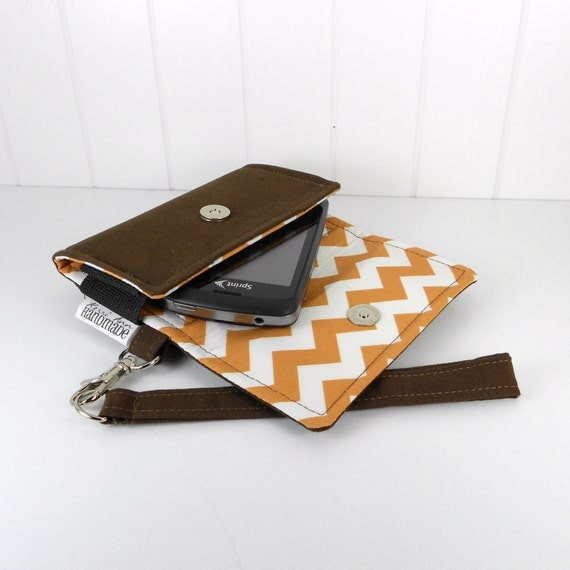 The Errand Runner - Cell Phone Wallet - Wristlet - for iPhone/Android- Chocolate/Chevron in Honey