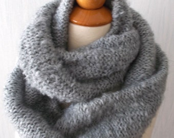 Circle Scarf Knitted Infinity Chunky Tube Scarf  In Grey