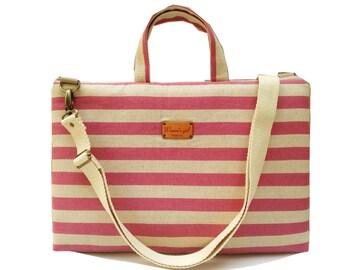 "15"" Macbook or Laptop bag with handles and detachable shoulder strap"