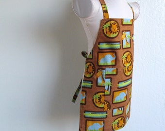 Childrens Apron - Zoo Animals All Over  - A Kids Apron for  Boy or Girl, fun to cook or create arts and crafts in...