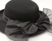 Vintage Ladies Black Hat
