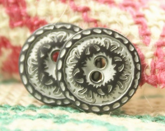Metal Buttons - Flower Engraving Metal Buttons , Gunmetal White Color , 2 Holes , 0.59 inch , 10 pcs