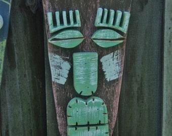 LINDA, Wood Sculpture,Tiki Mask, Primitive Wall Hanging, Tiki Man, Rustic Beach House, Tiki Bar