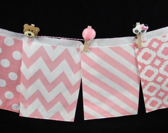 Light Pink STRIPED Favor Bags, Candy Buffet Bags, Candy Bags, Paper Bags, Birthday Parties, Packaging, Baking Supply, Wedding - Qty 12