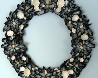 SALE       Coastal Shores EXTRA LARGE Blue Mussel Shell Clam Shell Wreath