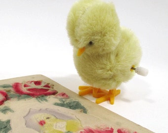Fuzzy Hopping EASTER Spring Chicken Wind-Up Toy