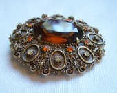 Florenza Oval Topaz Brooch and Pendant with Rhinestones
