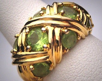 Vintage Peridot Ring Designer Dome Style Estate Jewelry