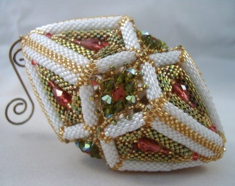 Pattern / Tutorial Beaded Christmas / Easter Ornament
