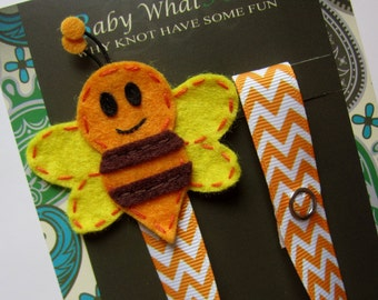 Honeybee Pacifier Clip, Honey Bee Pacifier Clip, Bug Pacifier Clip, Pacifier Holder, pcbee01