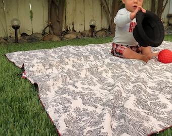 Reversible Blag Blanket/Bag in Red Lattice and Black Toile