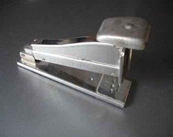 Vintage Markwell Stapler