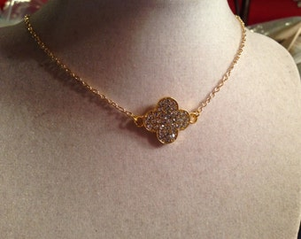 Quatrefoil Necklace - Gold Jewelry - Crystal Jewellery - Fashion - Glam - Style - Pendant