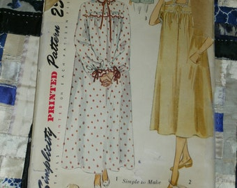 1950 Simplicity Pattern 3388, Misses Nightgown in Two Lengths and Bed-jacket, Size 14, Bust 32, Waist 26, Factory Folds, Uncut