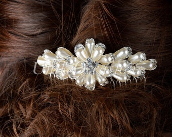 Bridal Pearl Flower Hair Comb - Style 33