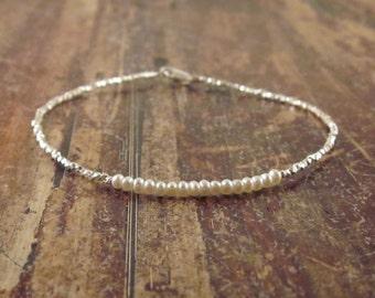 Pearl Bracelet Pearl June Birthstone Bracelet Womens Gift Pearl Bracelets Pearl Jewelry Pearl Bead Bracelet Beaded Bracelets Gift for Her