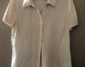 Ivory, crinkled silk BLOUSE, short sleeves, Size Petite Large