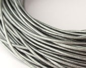 LRD0110047) 1 meter of 1.0mm Grey Metallic Round Leather Cord
