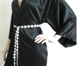 Silk Satin Kimono Robe in BLACK Floral lace belt - Short Kimono Gift for Her Bridesmaid Robes Wedding Robes Loungwear