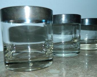 vintage 1960s glasses Dorothy Thorpe silver band tumblers set of 3