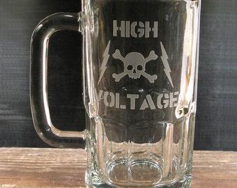 Lg Sandblasted Glass Mug - 20 oz - HIGH VOLTAGE Industrial Skull w Lightning Bolts - Drinking Glass