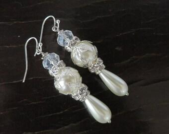 Wedding earrings, bridal chandelier earrings, pearl earrings, rhinestone earrings, wedding jewelry